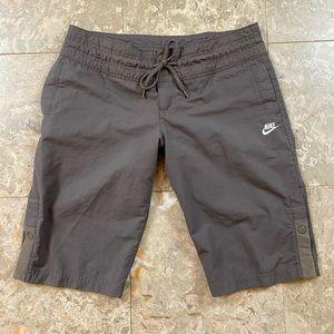 Nike sportswear board shorts S (4-6) athletic